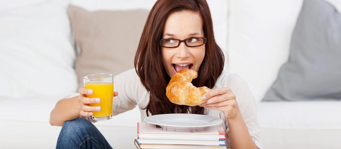 Mindful Eating Roadblocks #1: Distracted Eating