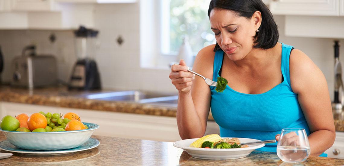 photo-woman-eating